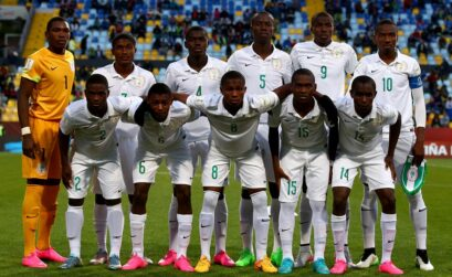The team of Nigeria and of Australia line up before the FIFA U-17 Men's World Cup 2015 round of 16